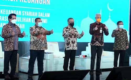Sarasehan_Jawa_Tengah-1.jpg